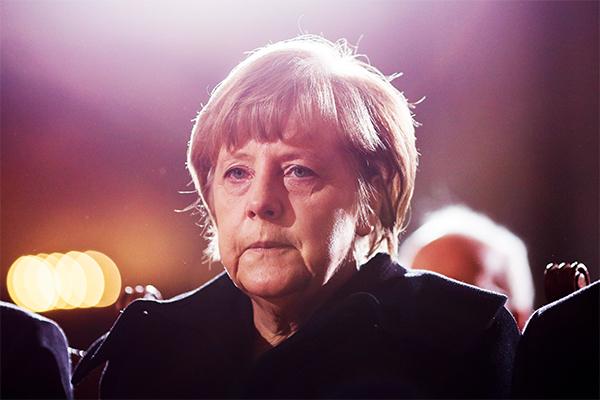 Меркель объяснила, зачем едет в Москву 10 мая
