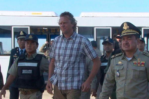 Юристов Полонского избили в Камбодже