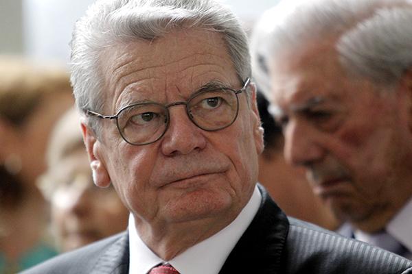 Президент ФРГ почтит память 3 млн погибших советских военнопленных