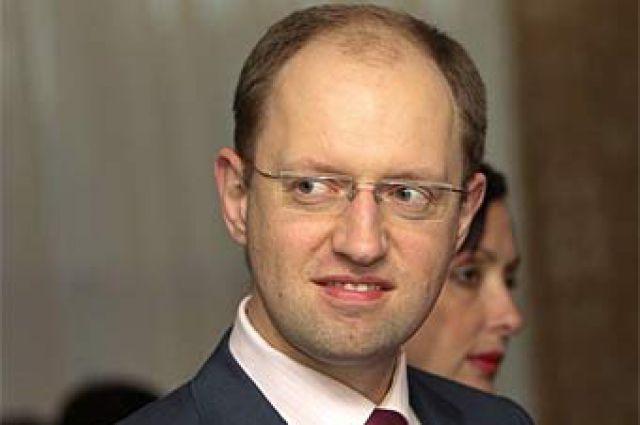 Депутаты Верховной Рады подали на Яценюка в суд
