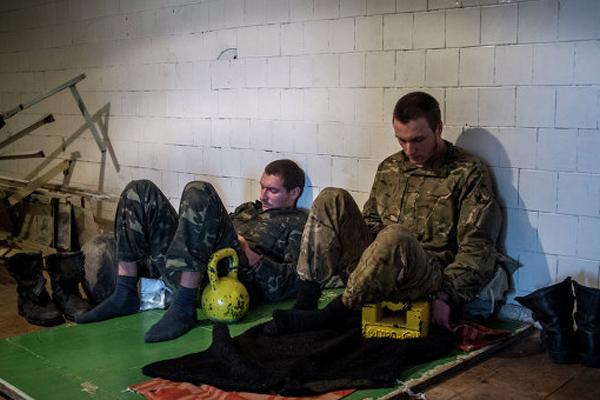 300 украинских солдат находятся в плену у ополчения