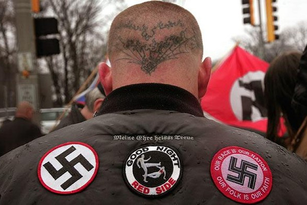 Неонацисты проведут в Германии 9 мая массовые акции протеста