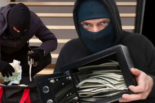 В Хабаровске полицейские задержали серийного грабителя