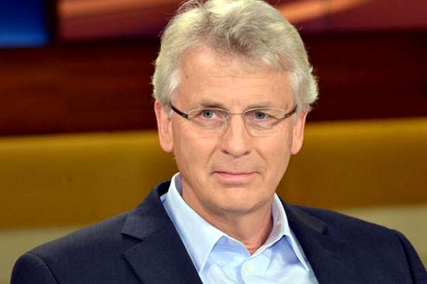 МИД ФРГ начал разбирательство по делу о запрете на въезд в Россию немецкого депутата