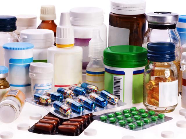 Чиновники отказываются поддерживать производство дешевых лекарств