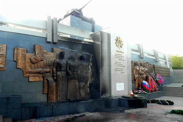 Пьяный мужчина поджег мемориал Победы в Улан-Удэ