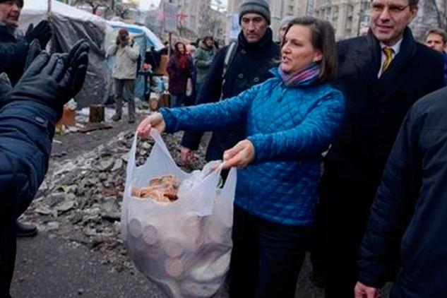 В Москву прилетела Виктория Нуланд