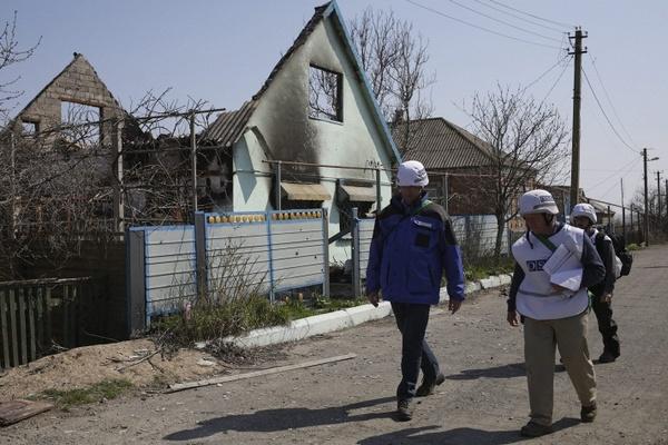 Армия Украины открыла огонь по независимым наблюдателям в Широкино
