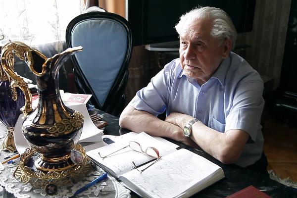 Военный путь артиллериста и радиста Степана Карнаухова