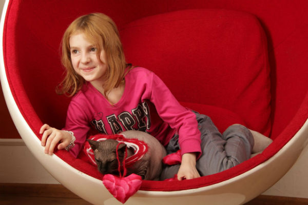Телефон похищенной в Москве 7-летней девочки нашли в магазине