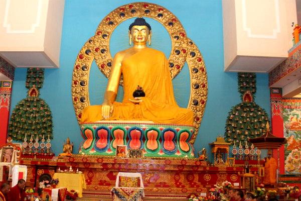 День рождения Будды объявлен выходным в Калмыкии