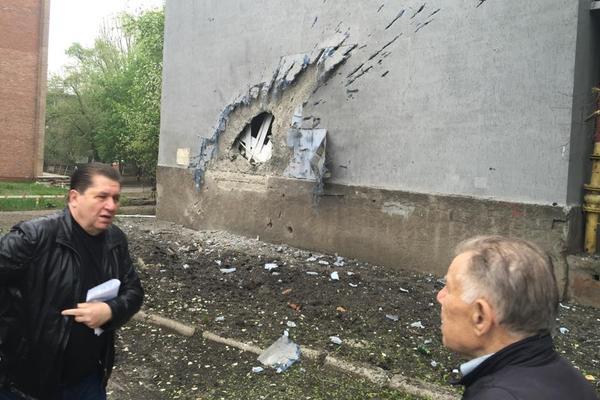 Власти Донецка показали результаты жестокого ночного обстрела