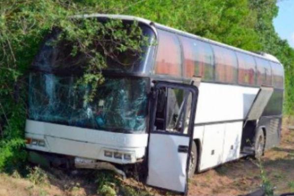 4 человека погибли, 14 ранены в ДТП в Калмыкии