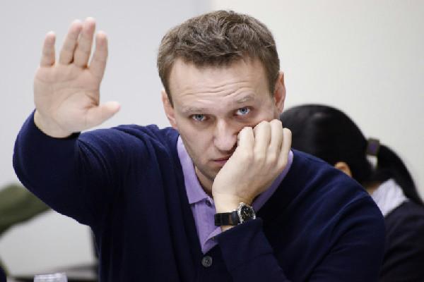 Эксперты: Навального не посадят, он не опасен