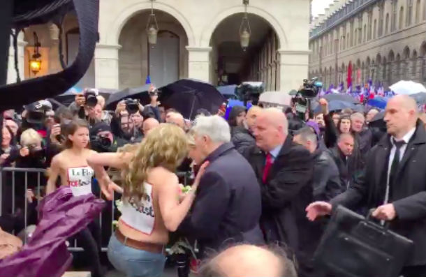 Активистки Femen разделись перед Марин Ле Пен