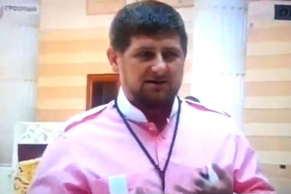 Кадыров усовестил высмеивавших «свадьбу века» чеченок