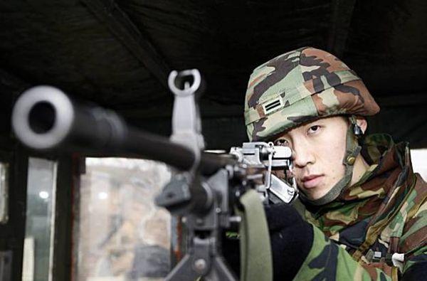 Призывник расстрелял троих своих сослуживцев на военной базе в Южной Корее