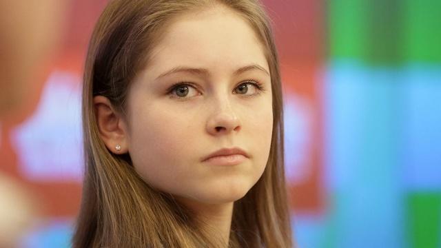Юная Липницкая преобразится на льду во взрослую девушку