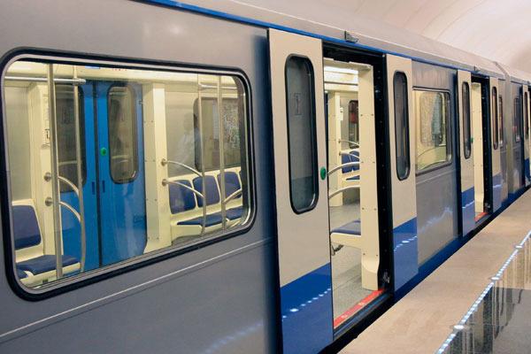 Ущерб от крушения поезда в московском метро оценили в 337 млн рублей