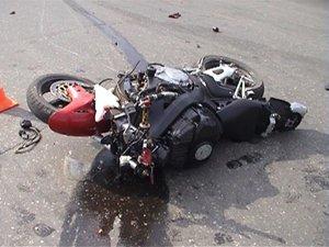 В Благовещенске мотоциклист сбил велосипедисток: один человек погиб, трое госпитализированы