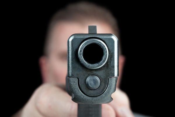 В США полицейские убили с начала года около 400 человек