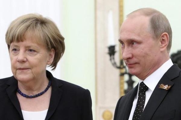 Путин призвал прекратить экономическую блокаду Донбасса