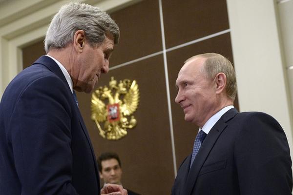 Керри попробовал вино от Путина и заявил о связях США и России