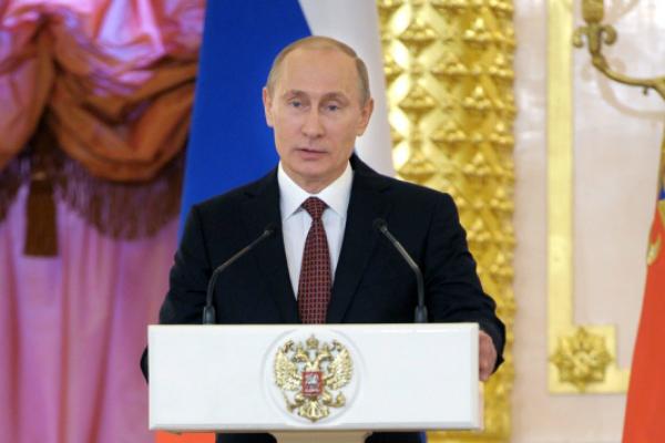 Путин раздал ордена в Кремле