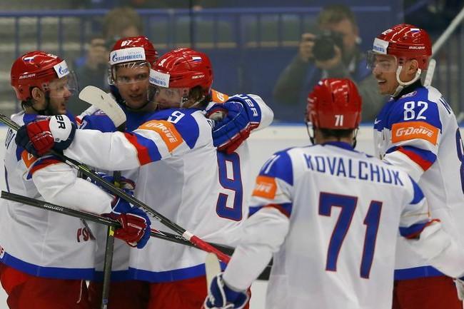 На ЧМ-2015 российские хоккеисты обыграли белорусов со счетом 7:0