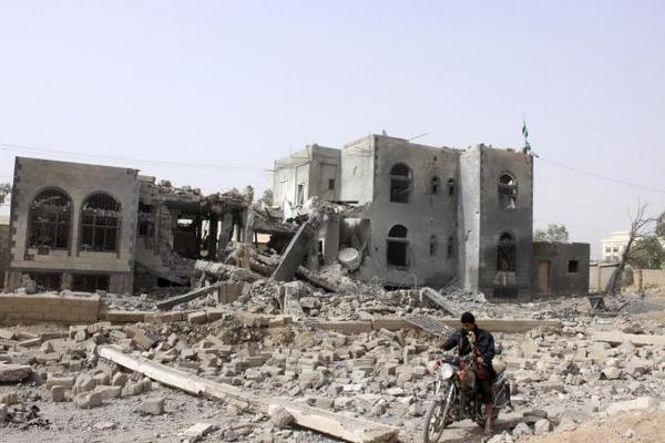 По Йемену за ночь нанесено более 100 авиаударов