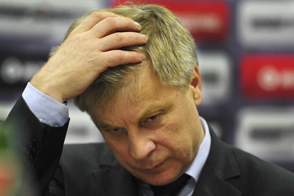Главу Российского футбольного союза досрочно отправили в отставку