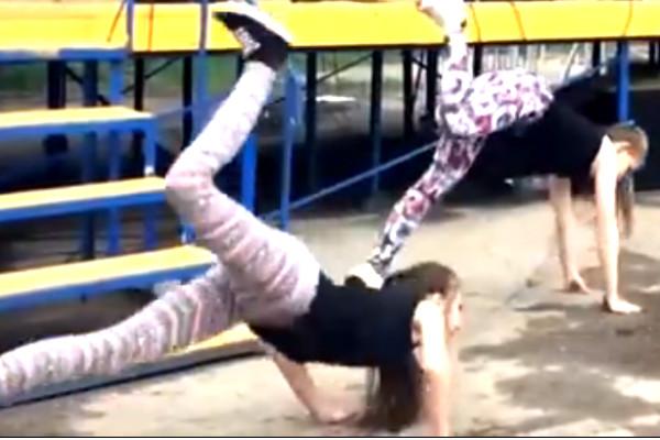 Провокационный тверк оренбургских «пчелок» повторили школьницы в Чебоксарах