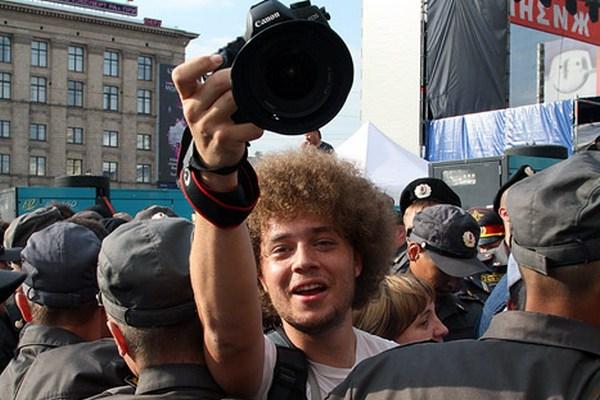 ФСО задержала на Параде Победы фотографа Илью Варламова