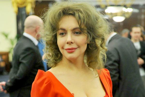 Божена Рынска хочет удалить себе грудь, как Джоли