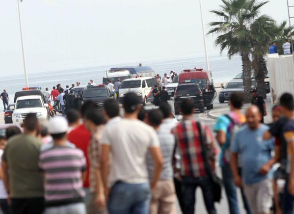 Террористы открыли стрельбу возле 5-звездочного отеля в Тунисе