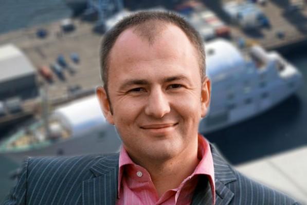 Самую большую яхту в мире строит российский миллиардер