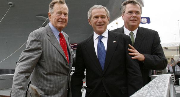 Джордж Буш-старший, - младший и Джеб Буш