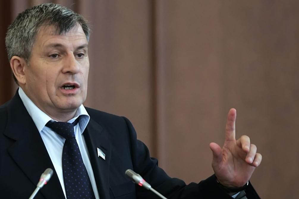 Умер глава парламента Чечни Дукуваха Абдурахманов