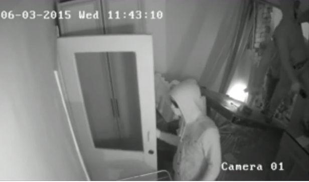 В Сети появилось видео погрома офиса правозащитников в Грозном