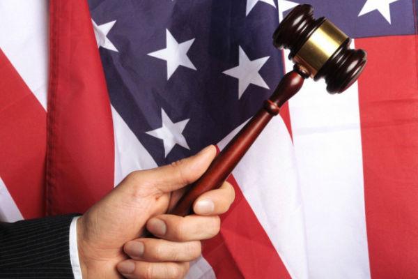 Геи из Калифорнии спаслись от смертной казни с помощью суда