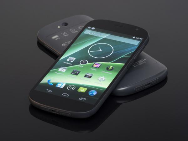 YotaPhone 2 подешевел