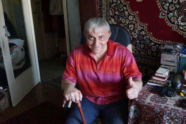 Потомок Леонида Утесова, ставший инвалидом, зарабатывает он-лайн концертами