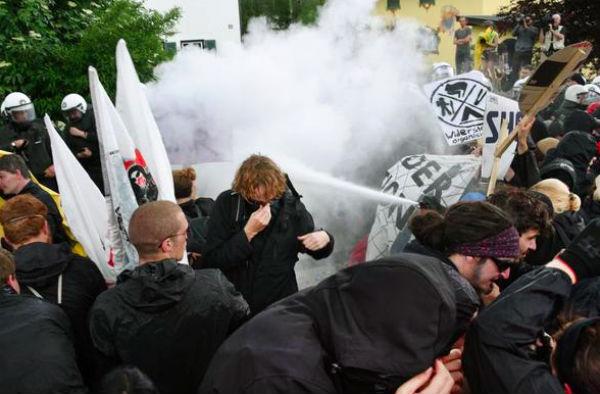 Более 100 человек пострадали в Баварии в ходе протестов против саммита G7