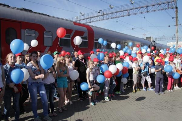 Массовое отравление детей произошло во время железнодорожной поездки из Адлера