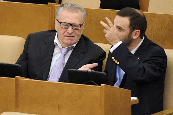 Жириновский предложил отправить Пономарева на Украину