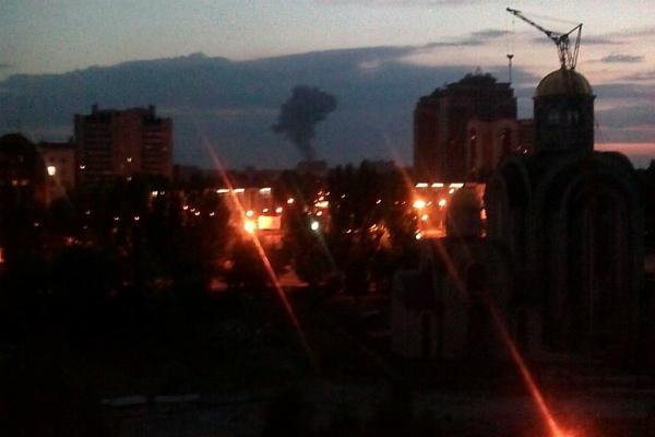 Химзавод в Донецке взорван и горит