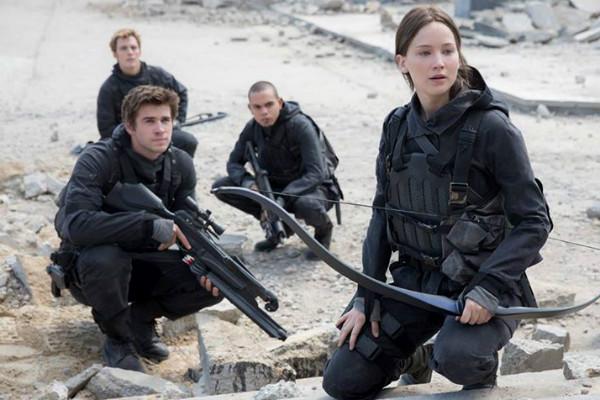 Дженнифер Лоуренс показала кадр из финальной части трилогии