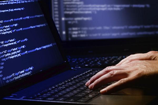 Хакеры атаковали ведомства США и украли данные контрразведки
