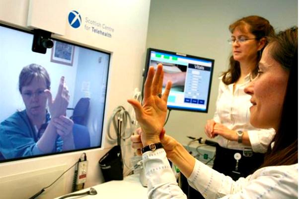 Ученые заявили о сенсационном лечении всех желающих по Интернету
