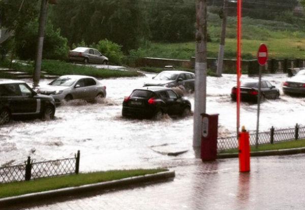 Липецк затопило во время дождя